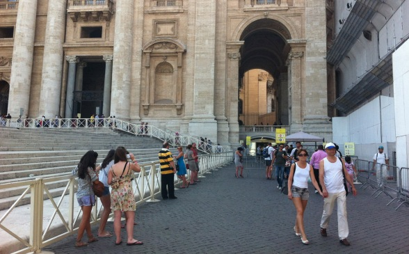 What not to wear when visiting Rome Churches - RomeCabs